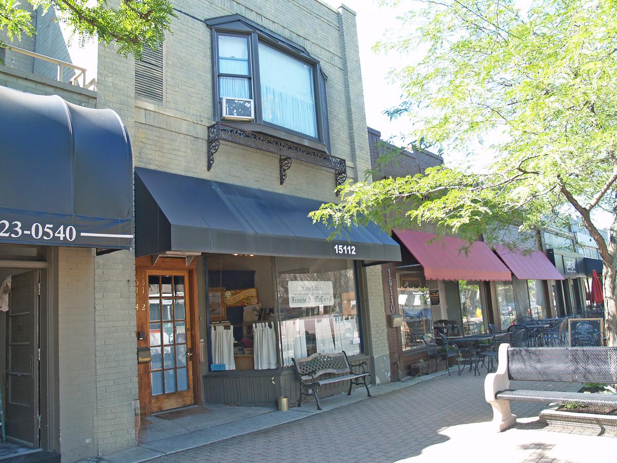 15112-15114 Kercheval Avenue